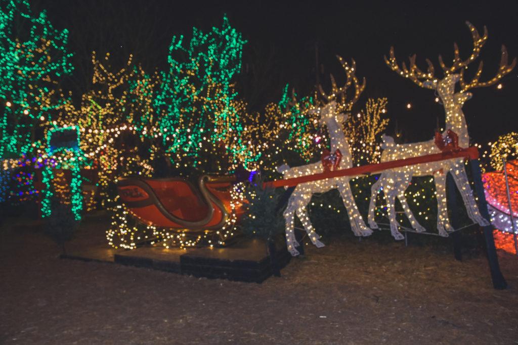 Jack Frost Winter Village, Santa's sleigh Chicago