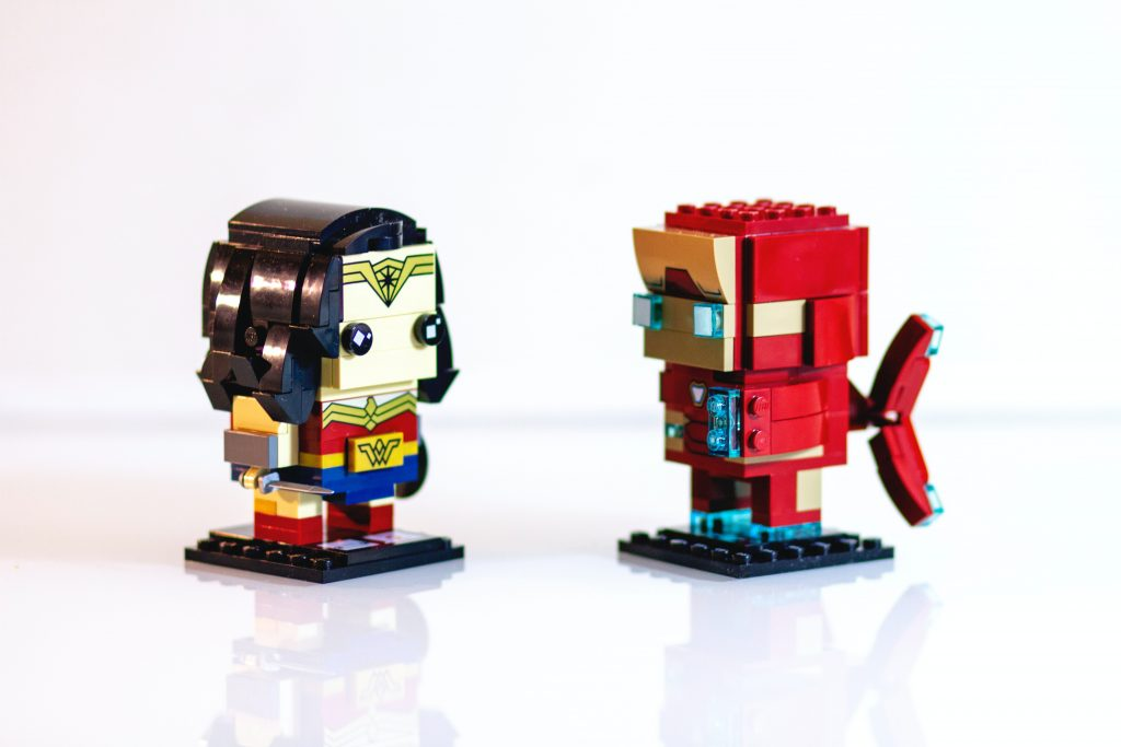2 small robots