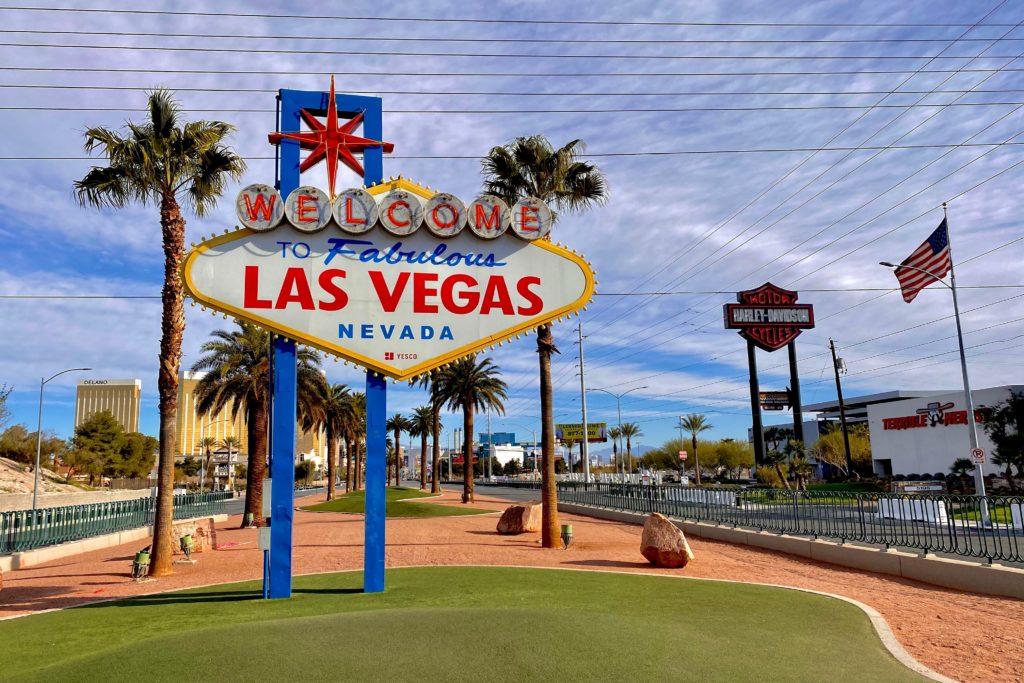 Welcome to Fabulous Las Vegas Sign on South Las Vegas Boulevard