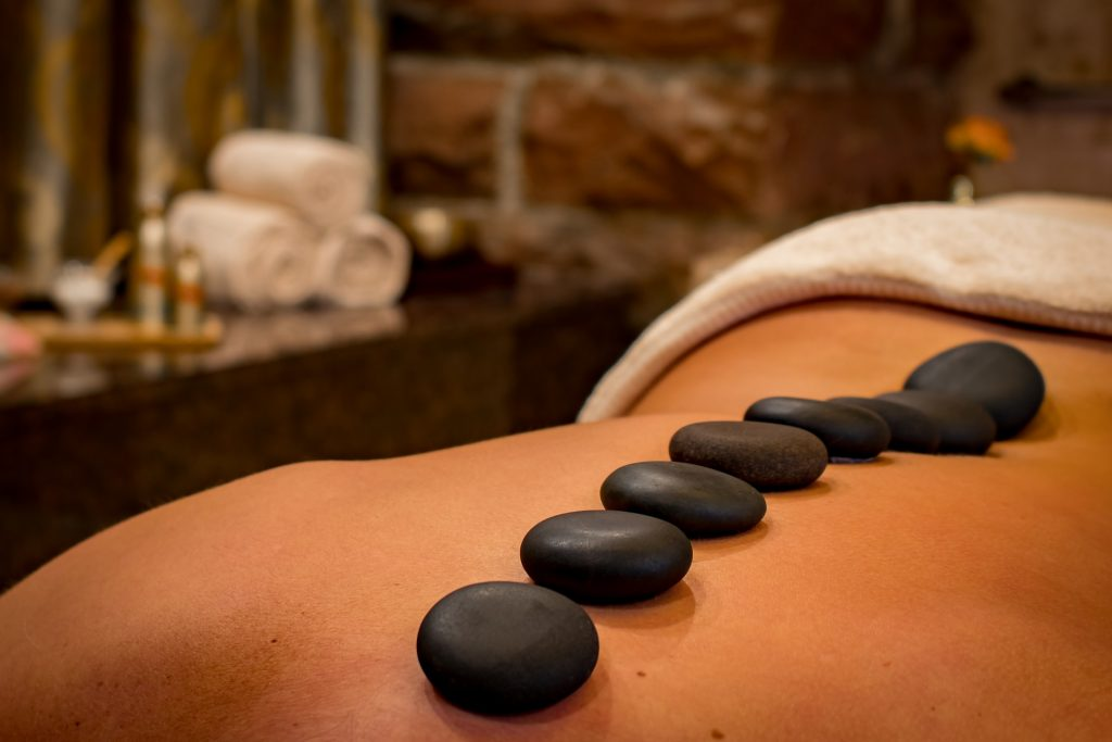 back with hot stones for massage