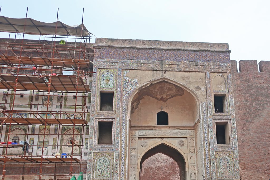 Picture Wall of Lahore fort undergoing renovations