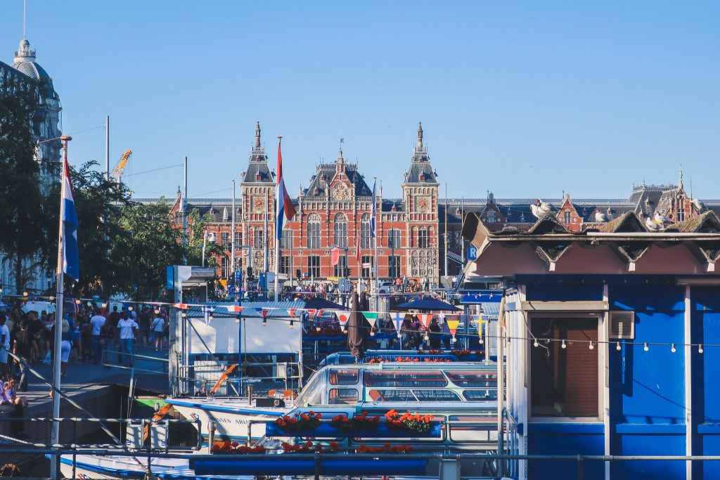 rijksmuseum in amsterdam from a distance