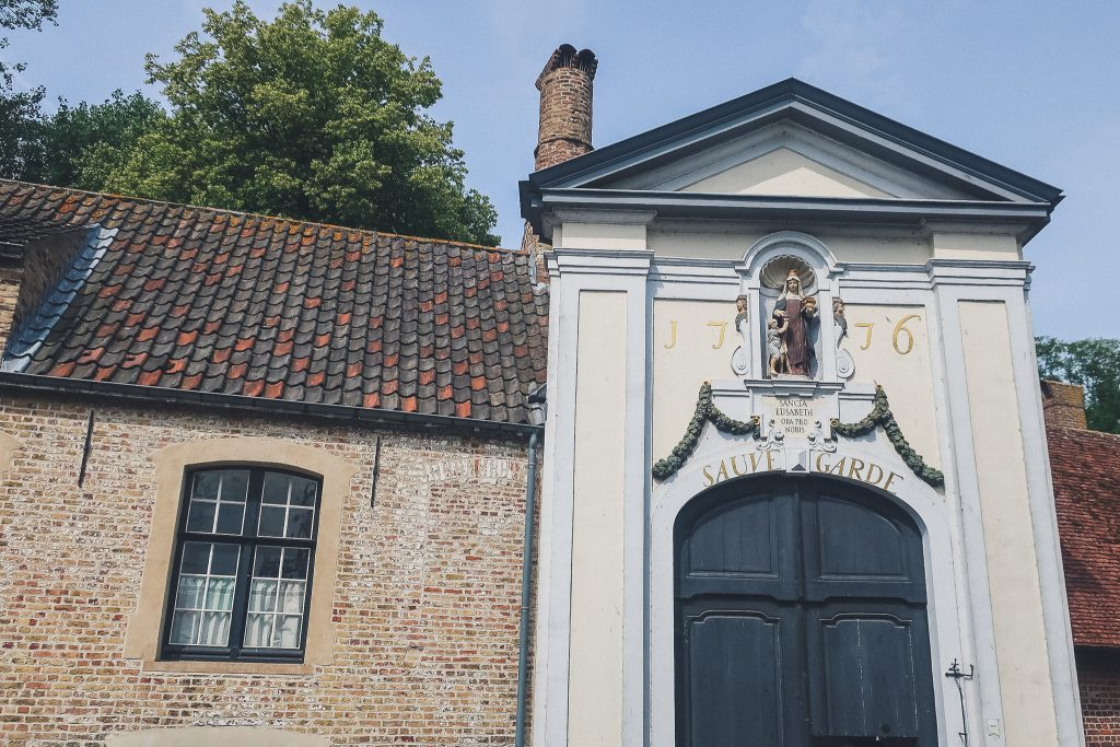 Gate to the beguinage in Bruges
