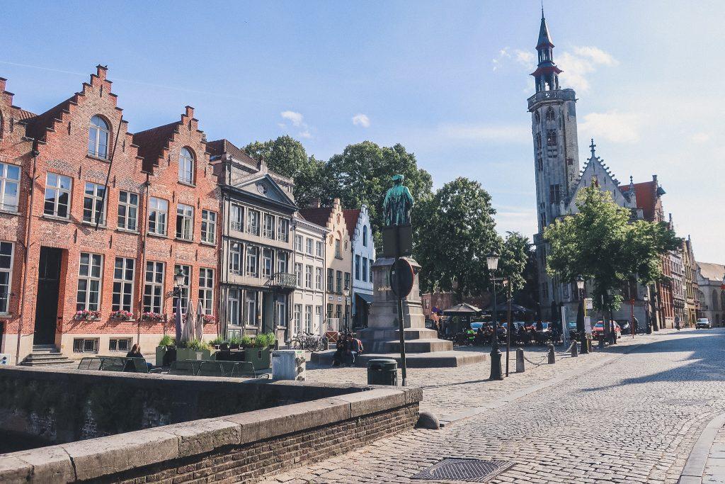 Jan van Eyck Square, Bruges