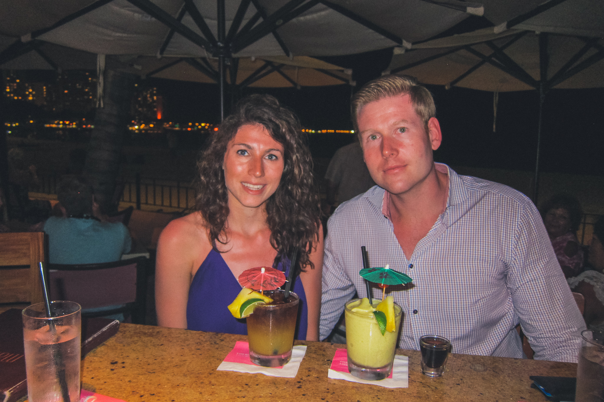 couple in Hawaii, sunburnt
