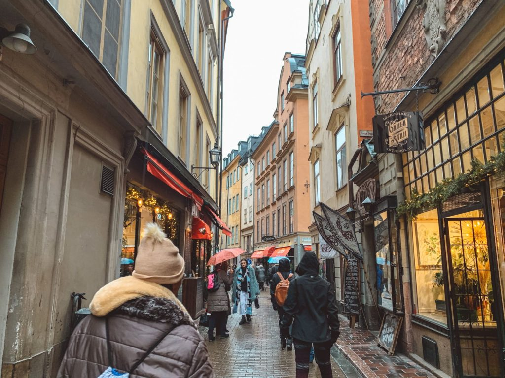 shopping on busy street in Stockholm