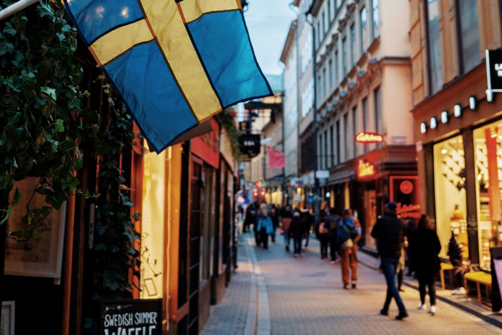 shopping in Stockholm at night