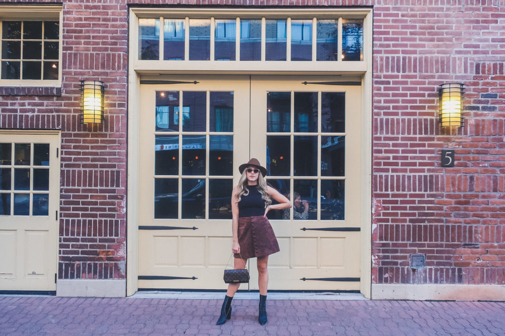 downtown Bend, woman dressed up to go shopping